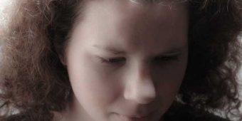 depressed-1562628-640x960_web