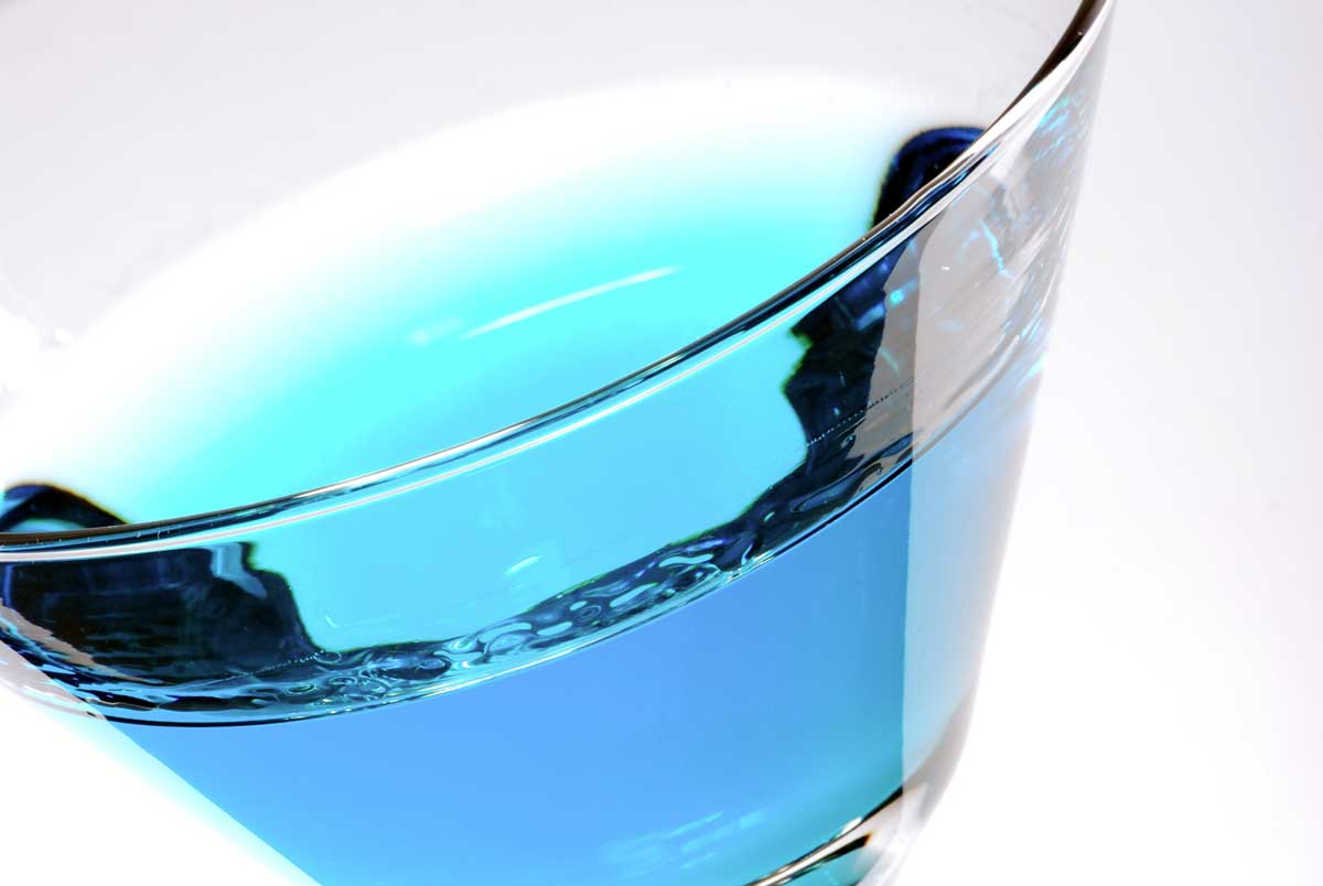 stockvault-blue-cocktail116303_web